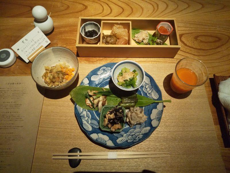 里山十帖の朝食